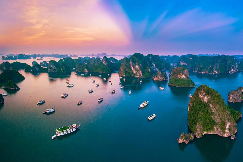 Vịnh Hạ Long - Top 7 Di Sản Thiên Nhiên Thế Giới
